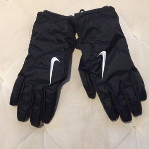 Nike Cold Weather Touch Screen Gloves